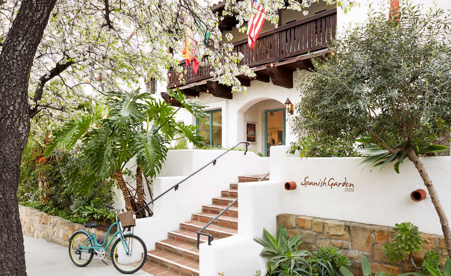 Spanish_Garden_Inn_Santa_Barbara_Ext